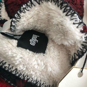 Indigo Bedding - Indigo cozy cabin fleece throw. NWOT